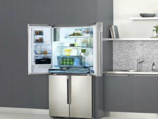 Встроенный льдогенератор в холодильниках Kaiser