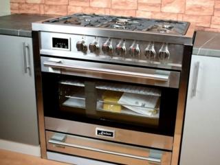 Система очистки Self Сlean в кухонных плитах Kaiser